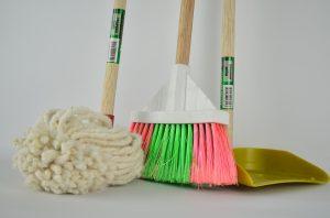 Come-pulire-il-parquet-in-modo-naturale