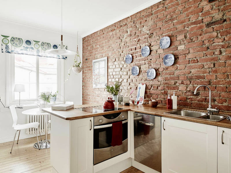 Pareti in pietra il meglio per una decorazione solida e for Tipi di arredamento